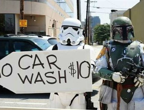 a_star_wars_themed_car_wash_that_will_have_all_the_geeks_lining_up_around_the_block_640_02.jpg