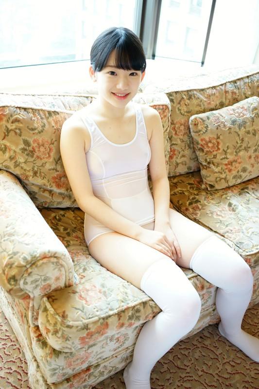 【画像あり】芦田愛菜さん、大人になってついにチクビ解禁wwwチクビ綺麗でワロタwwwwwwwwwwwwwwwwwwwwww・1枚目