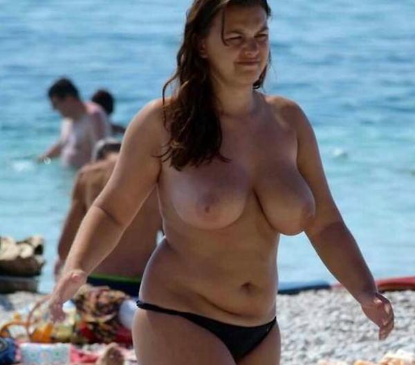 (嘲笑)暇だしヌーディストビーチにいたデブ女の写真でも貼って嘲笑おうぜwwwwwwwwwwwwwwwwwwwwwwwwwwwwwwwwwwww(写真あり)