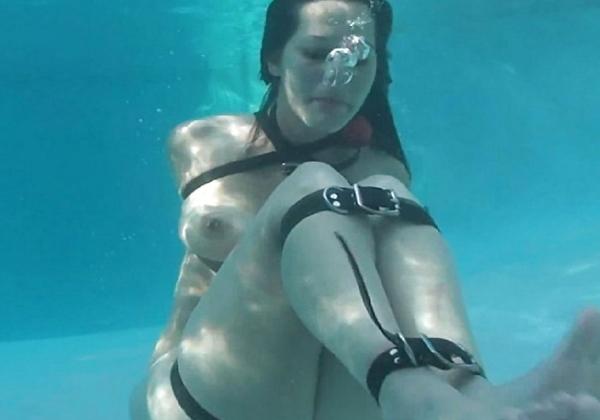 (閲覧注意)「ねぇ、これ死にますよね・・」っていう水中縛り写真貼ってく。。。(写真あり)