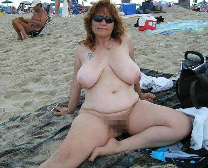 【嘲笑】暇だしヌーディストビーチにいたデブ女の画像でも貼って嘲笑おうぜwwwwwwwwwwwwwwwwww(画像あり)・17枚目