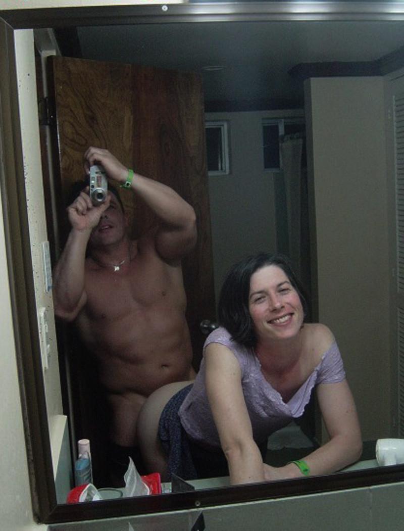 【嫉妬乙】おまえら鏡越しにでハメ撮りしてるバカップルをいつも馬鹿にしてるけど、実際うらやましいんだろ?(画像あり)・20枚目