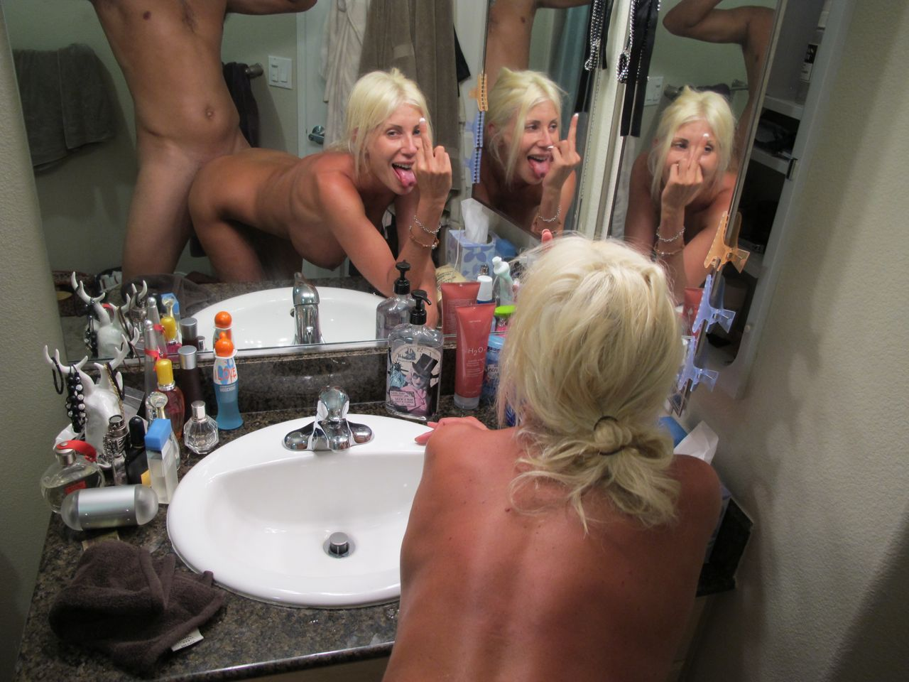【嫉妬乙】おまえら鏡越しにでハメ撮りしてるバカップルをいつも馬鹿にしてるけど、実際うらやましいんだろ?(画像あり)・7枚目