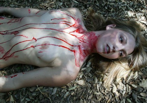 (閲覧注意)「殺害されて放置」って写真貼ってくから、プロフェッショナルニキ、本物さがしてクレメンス。(写真あり)