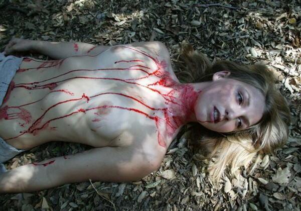 (遺体注意)血だらけの女でしかムラムラできないキ●ガイの為のえろ写真ギャラリー。(※閲覧注意・写真23枚)