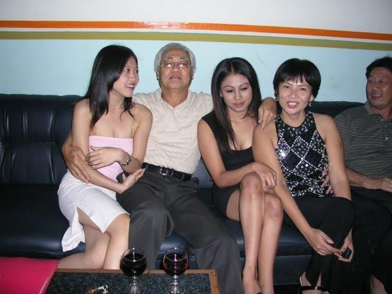 娼婦を大人買いした富豪、性的興奮の為に急性心不全wwww病院へ救急搬送wwwwwwwwwwwwwww(画像あり)・9枚目