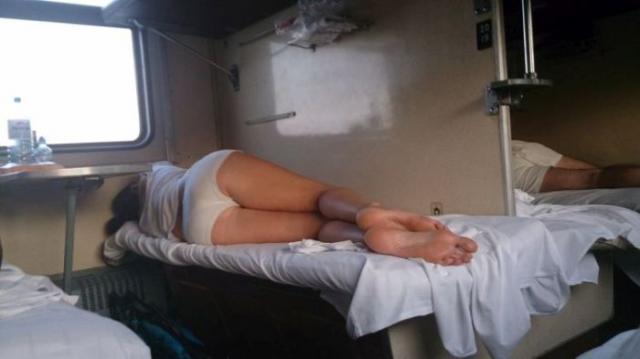 【画像あり】さてここで海外の寝台列車の様子をご覧下さいwwwwwwwwwwwwwwwwwwwwwww・14枚目