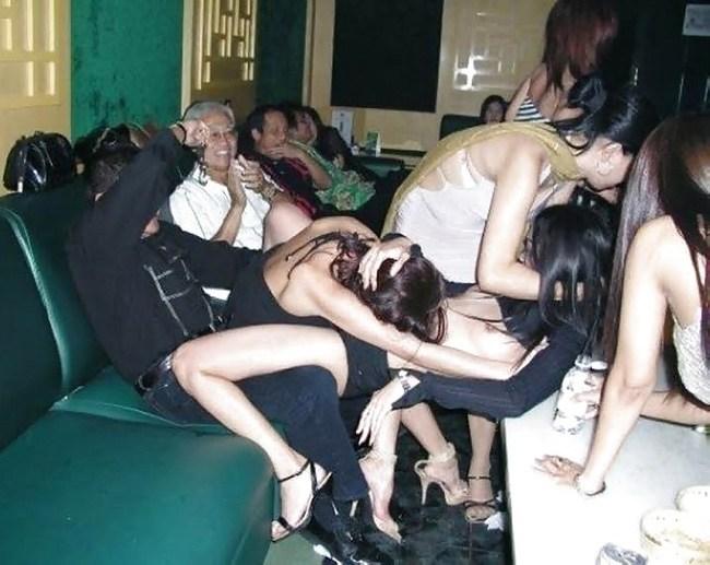 娼婦を大人買いした富豪、性的興奮の為に急性心不全wwww病院へ救急搬送wwwwwwwwwwwwwww(画像あり)・5枚目