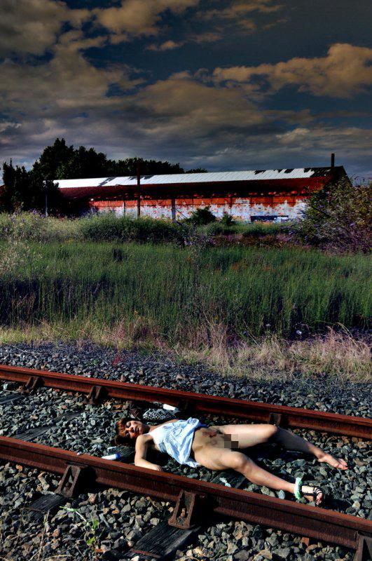 【閲覧注意】「殺害されて放置」って画像貼ってくから、プロフェッショナルニキ、本物さがしてクレメンス。(画像あり)・8枚目