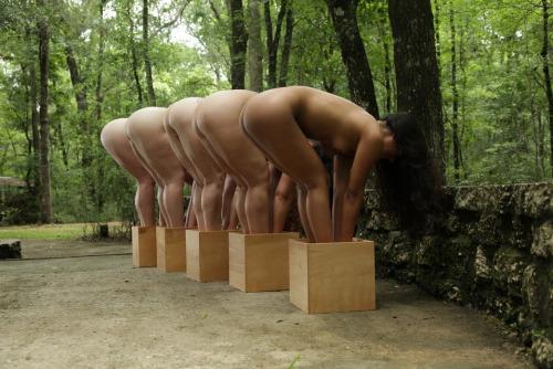 【閲覧注意】高額取引された性奴隷の末路・・・見ててしんどい。。。(画像あり)・1枚目