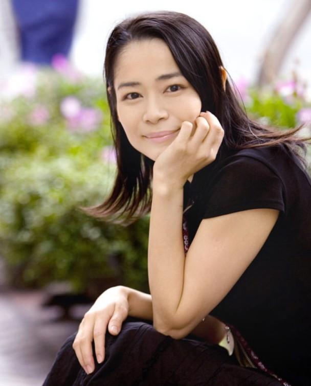 【芸能】「君の名は。」新海誠監督の妻は昔リアル放尿を晒した女優・三坂知絵子だった事が判明wwwww(放尿画像あり)・1枚目