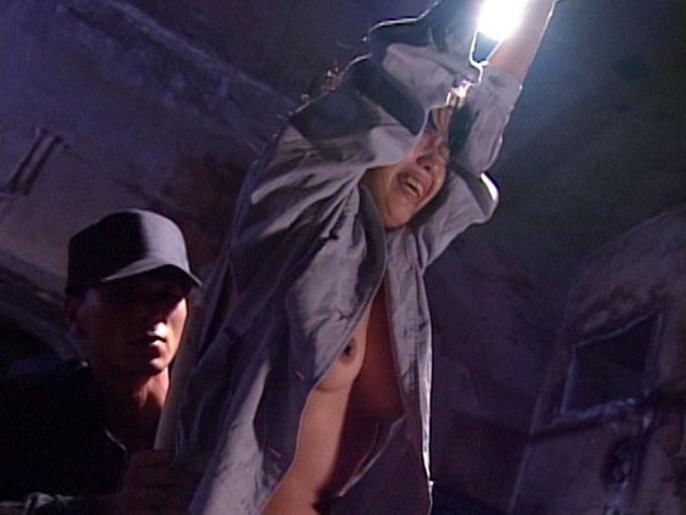 【衝撃】女刑務所内でのイジメの様子をご覧下さい。。。(画像あり)・1枚目