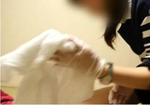 【閲覧注意】ガイジを手コキして射精させる介護、闇深すぎだろ。。。。(画像あり)・8枚目
