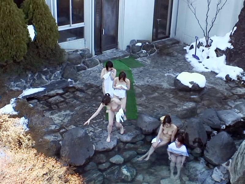 【画像あり】ドローン使って露天風呂撮影してきたぞwwwwwwwwwwwwwwwwwwwwwwwwwwwww・1枚目