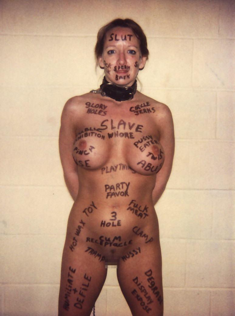 фото рабыньс надписями на теле