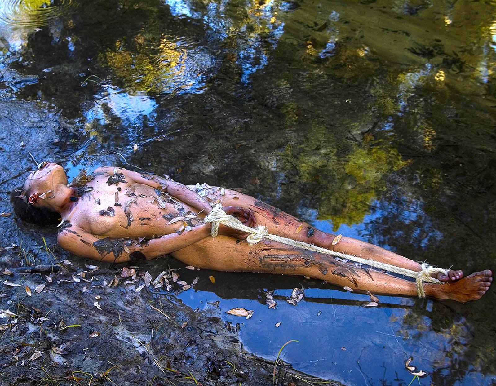 レイプ後の殺人現場画像、、、胸糞悪い。。コレガチ混ざってんじゃね???(画像あり)・11枚目