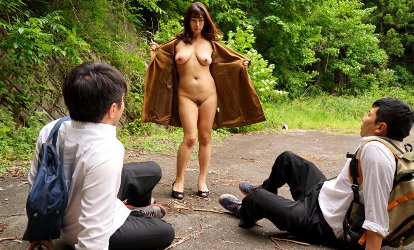 コートを着た露出狂女に遭遇!! → 「バー!!」ってコートを開かれた時の正しい反応がコチラwwwwwww(画像あり)・19枚目