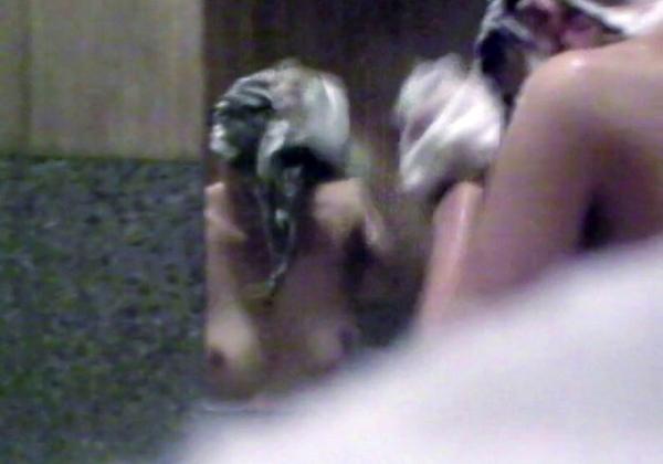 (炉利注意)男湯の女児(6)「おじさん(25)におまんちょ触られた」←やば杉ワロタwwwwwwwwwwwwwwwwwwwwwwwwwwwwwwwwww(写真あり)