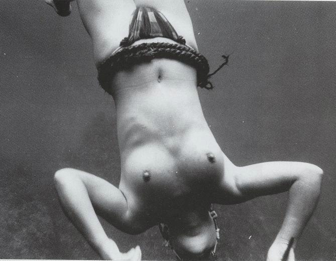 犯してくださいと言わんばかりの昔の海女さん・・・ぐぅシコwwwwwwwwwwwwwwww(画像あり)・26枚目