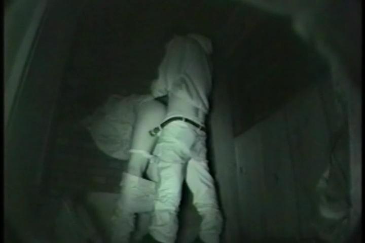 【盗撮有段者】深夜の公園に赤外線カメラをしかけてみた結果wwwwwwwwwwwwwwwwwwwwwww・10枚目