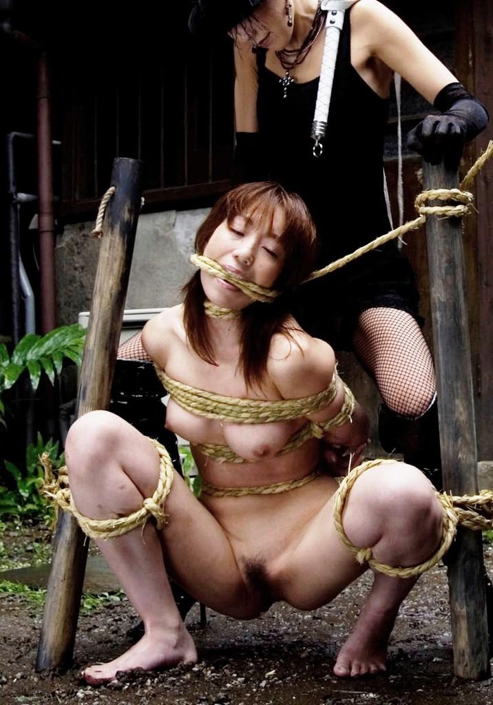 【胸糞】性奴隷として売られた日本人女性をご覧下さい。。。(画像あり)・11枚目