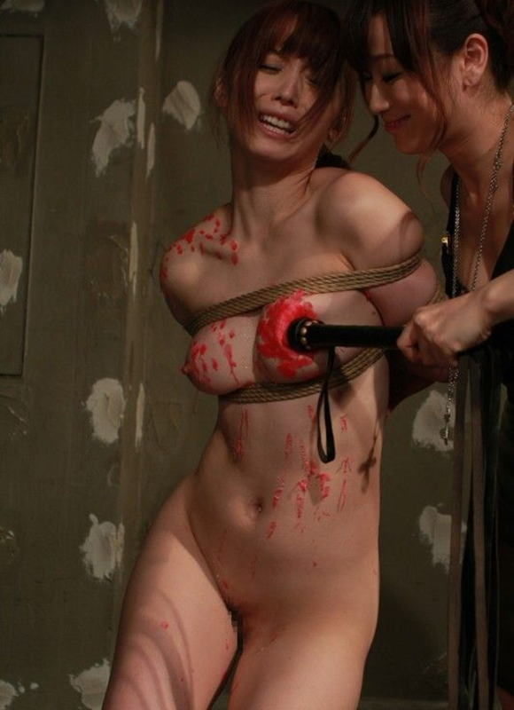 【閲覧注意】女同士の性的イジメの現場画像がドン引き・・・(画像あり)・13枚目