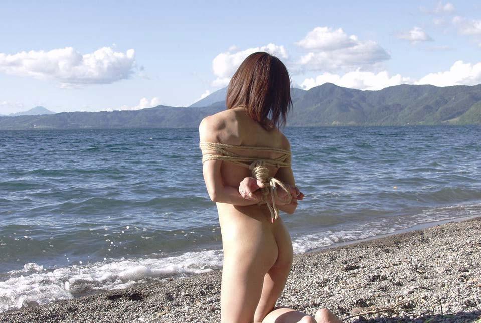 【胸糞】性奴隷として売られた日本人女性をご覧下さい。。。(画像あり)・15枚目