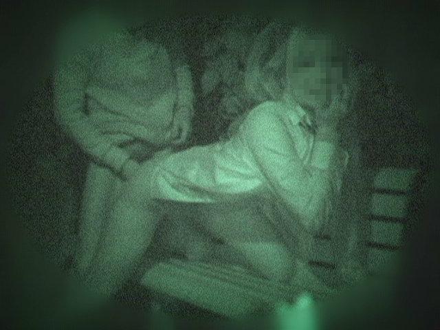 【盗撮有段者】深夜の公園に赤外線カメラをしかけてみた結果wwwwwwwwwwwwwwwwwwwwwww・19枚目