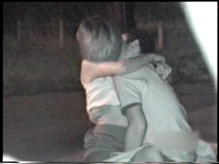 【盗撮有段者】深夜の公園に赤外線カメラをしかけてみた結果wwwwwwwwwwwwwwwwwwwwwww・20枚目