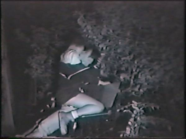 【盗撮有段者】深夜の公園に赤外線カメラをしかけてみた結果wwwwwwwwwwwwwwwwwwwwwww・22枚目