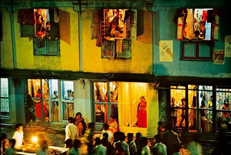 【異国性文化】オランダ「飾り窓」の売春婦が想像以上に秀逸でワロタwwwwwwwwwwwww(画像あり)・4枚目