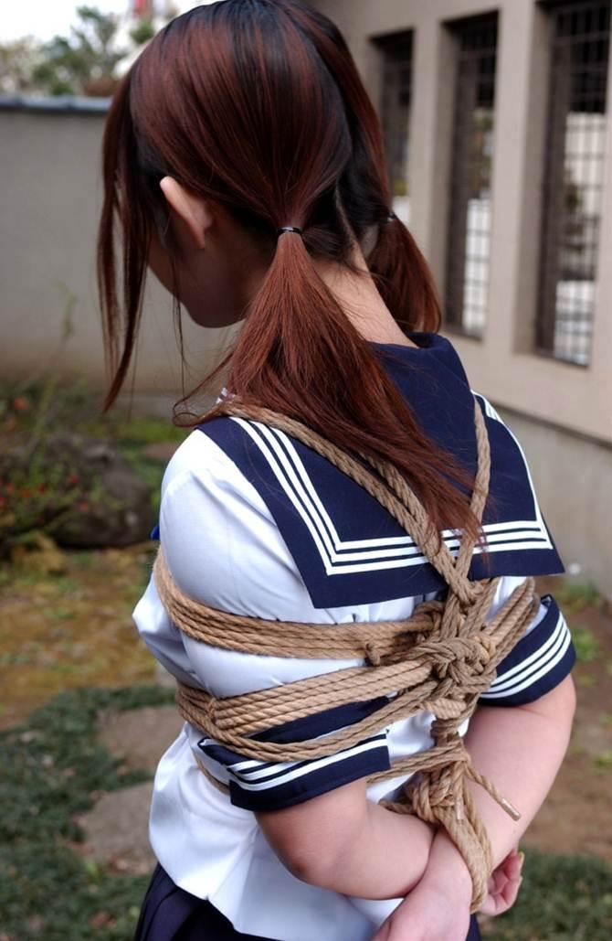 【胸糞】性奴隷として売られた日本人女性をご覧下さい。。。(画像あり)・9枚目