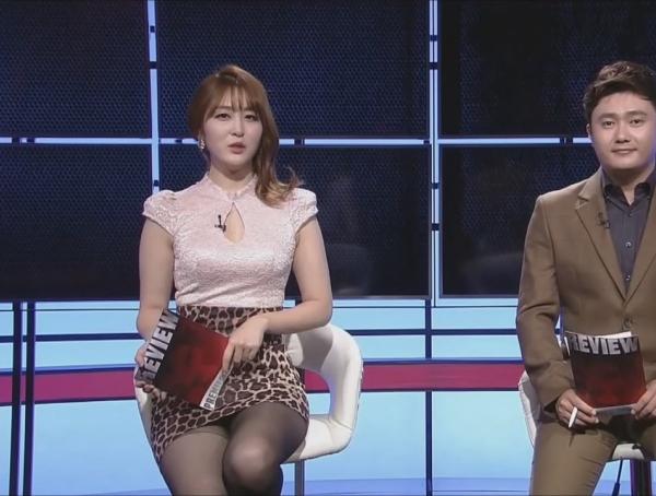 韓国の女性キャスター、ミニスカを強要されるらしい・・・・(写真あり)