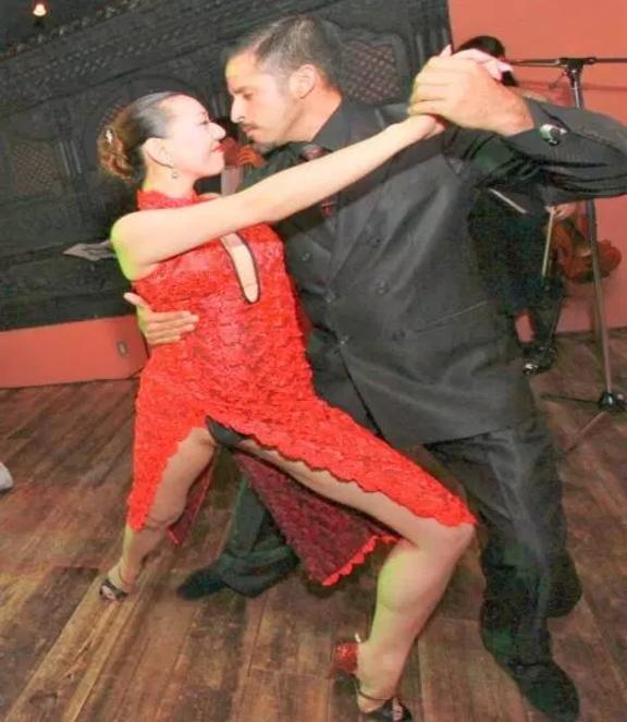 【ハプニング具】社交ダンスとかいう意外とマンポロが多い競技wwwwwwwwwwwwwwwwww(画像あり)・15枚目