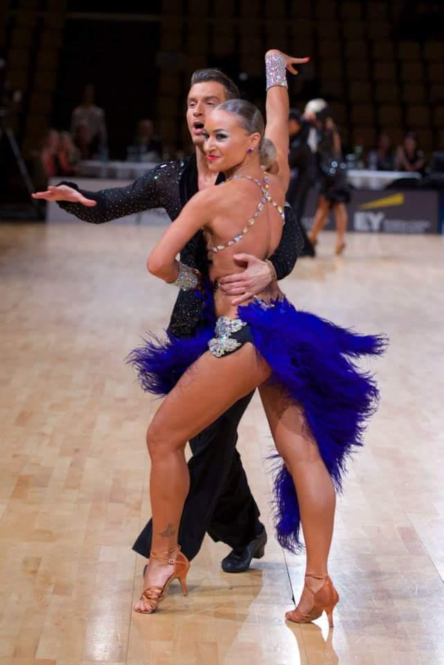 【ハプニング具】社交ダンスとかいう意外とマンポロが多い競技wwwwwwwwwwwwwwwwww(画像あり)・16枚目