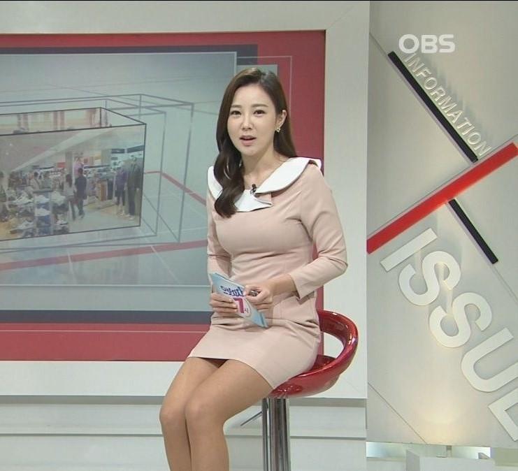 韓国の女性キャスター、ミニスカを強要されるらしい・・・・(画像あり)・17枚目