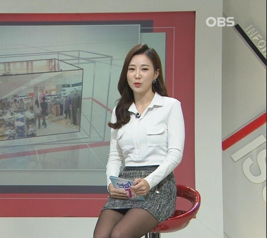 韓国の女性キャスター、ミニスカを強要されるらしい・・・・(画像あり)・20枚目