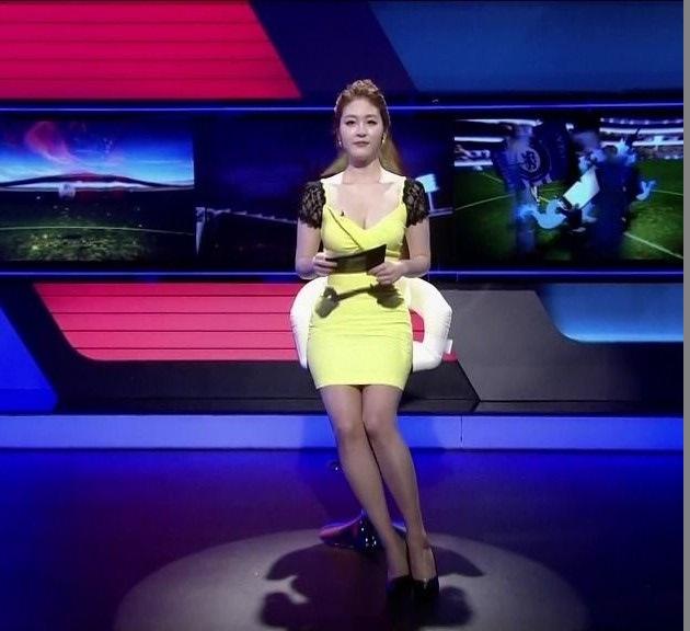 韓国の女性キャスター、ミニスカを強要されるらしい・・・・(画像あり)・3枚目