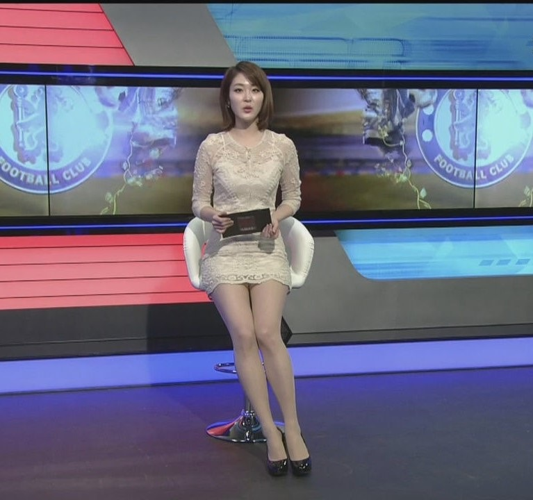 韓国の女性キャスター、ミニスカを強要されるらしい・・・・(画像あり)・6枚目
