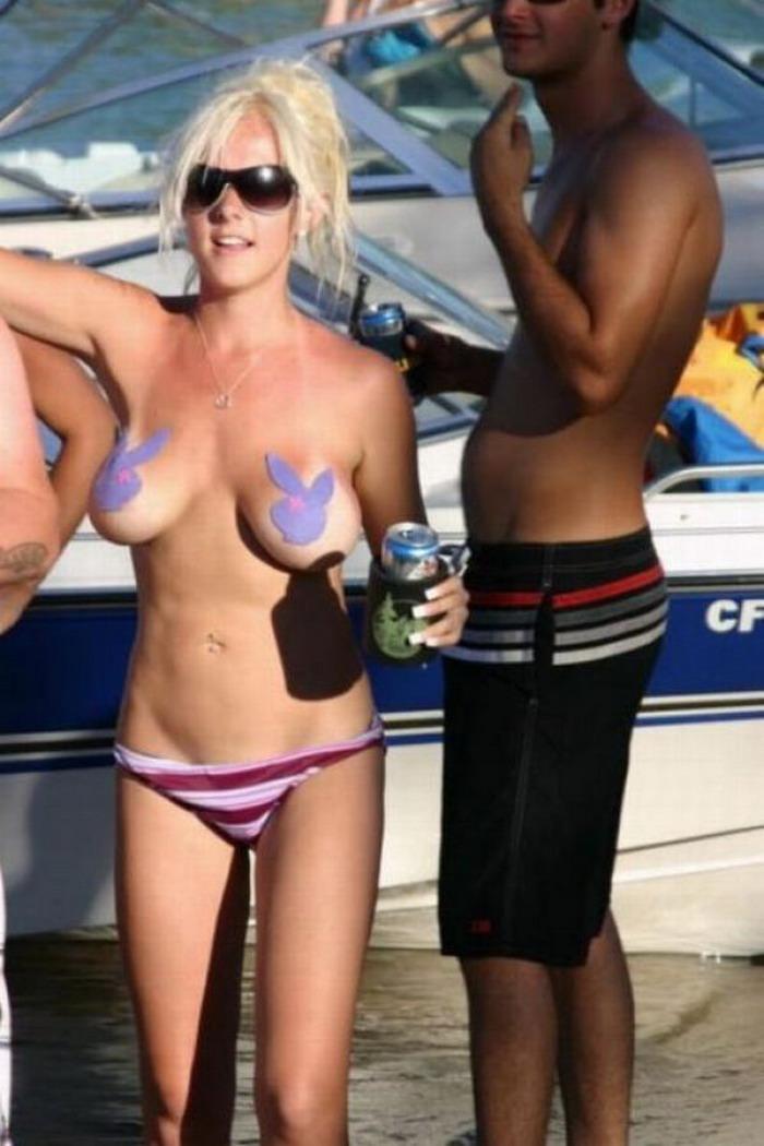 外人まんさん「このビーチはヌードあかんのか、、、、せや!!」 → 結果wwwwwwwwwwwwwwwwwwwwwwww(画像あり)・18枚目