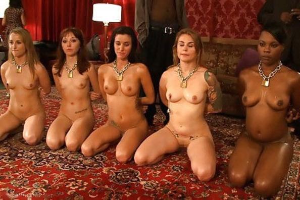 【閲覧注意】裏で売買取引されている世界のメス奴隷達をご覧下さい。。。(画像あり)・8枚目