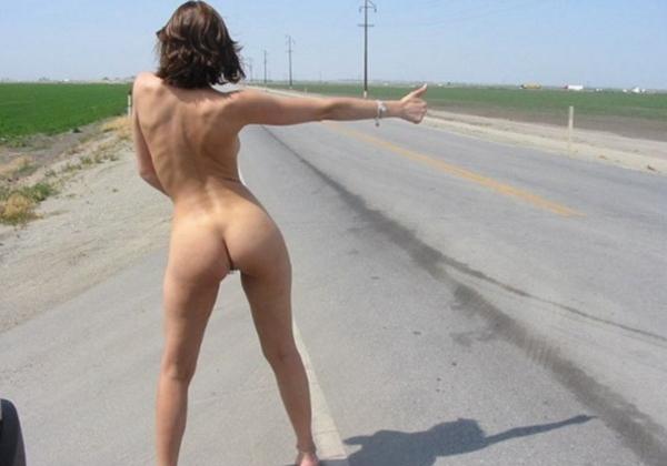 (急ブレーキ不可避)「へェ―イ☆」海外で絶対に止まってくれるヒッチハイクの方法がコレwwwwwwwwwwwwwwwwwwwwwwwwww(写真あり)