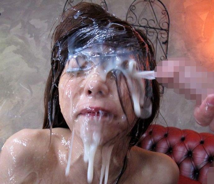 【窒息注意】多精子症の男が顔射した時のまんさんの顔、怖杉事案。これもう難病指定でええやろ。(画像あり)・10枚目