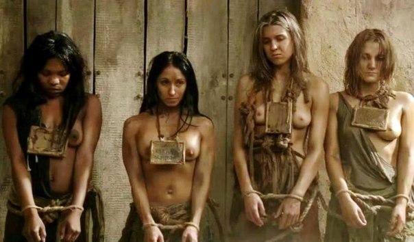 【ガチ胸糞注意】「性奴隷」として競売にかけられる女たちの光景マジでキツ杉・・・(画像あり)・17枚目