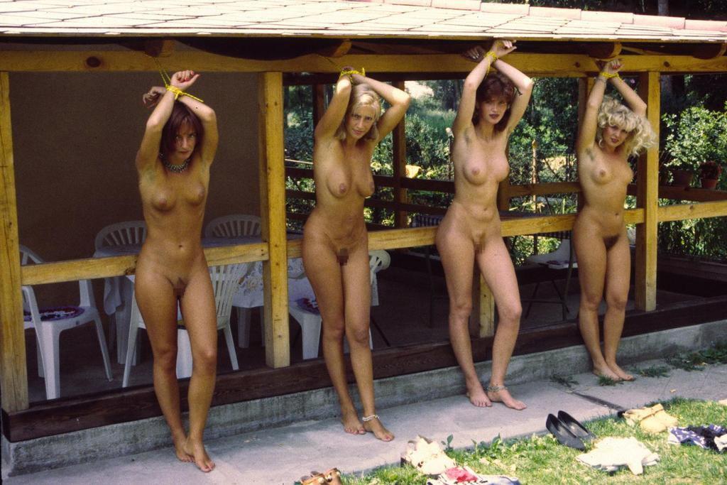 【ガチ胸糞注意】「性奴隷」として競売にかけられる女たちの光景マジでキツ杉・・・(画像あり)・5枚目