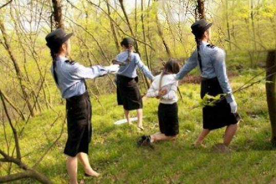 【閲覧注意】中国農村部の女性死刑囚の死刑執行、、、雑杉内?(画像あり)・2枚目