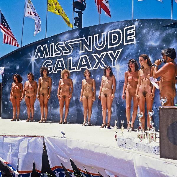 「全裸だョ!全員集合」 ←コレに一番ぴったりくる画像を貼ったヤツが優勝スレwwwwwwwwwwwwww(画像あり)・3枚目
