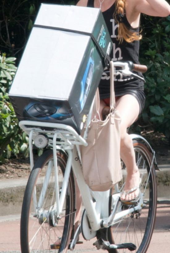 ミニスカ自転車まんさん、、きちんと心の準備をしていた。(画像)・9枚目