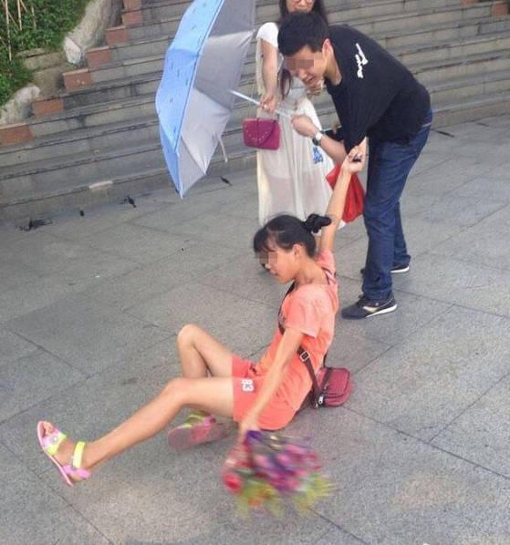 中国の売り子少女の迫り方。。。(画像あり)・1枚目