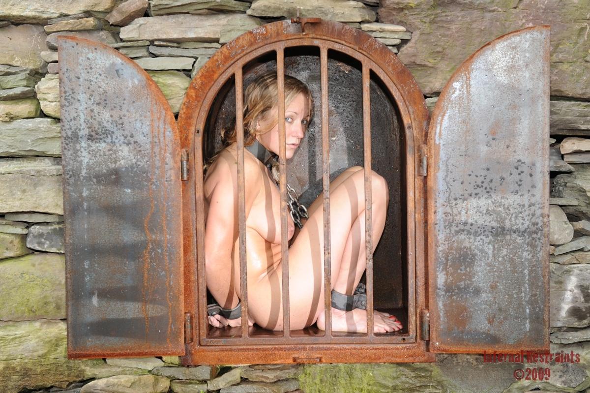 【胸糞注意】世界の富豪に売買された性奴隷の末路・・・(画像あり)・11枚目